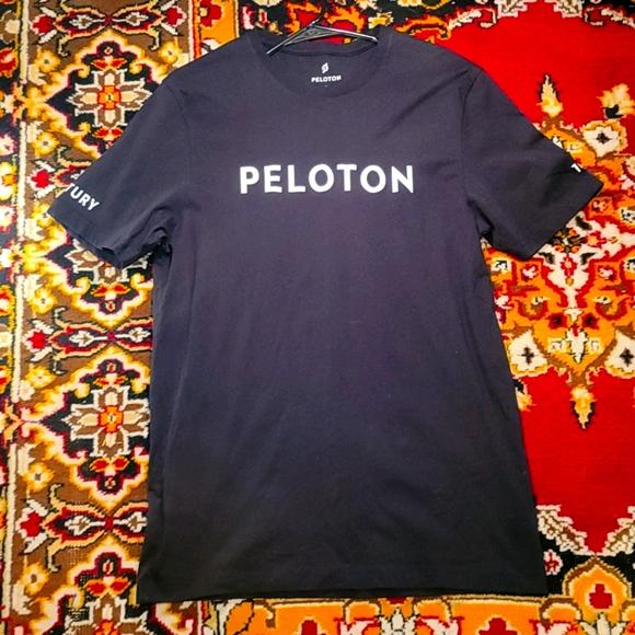 NWOT Unisex Peloton Ride Shirt